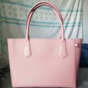 NWOT Dagne Dover classic tote in Wildflower